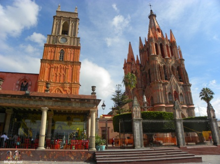 Colors-in-San-Miguel-de-Allende-Mexico-2
